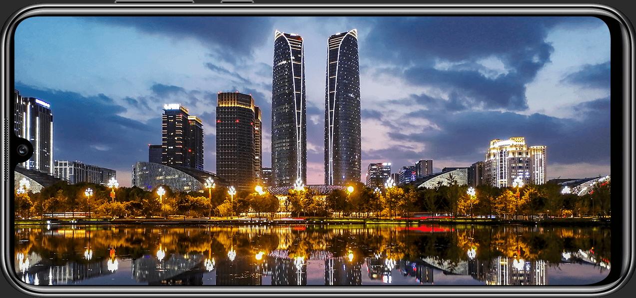 پنج دلیل و ویژگی گوشی Huawei Y8p