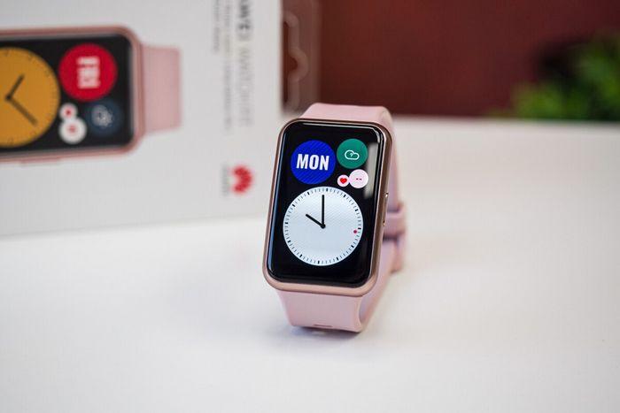 نگاهی به ساعت هوشمند هواوی Watch Fit ؛ ترکیب پرستیژ بالا و قیمت پایین!